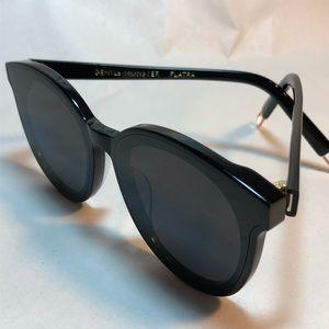 302b5117eac0 Gentle Monster Accessories - Gentle Monster Black Peter Sunglasses